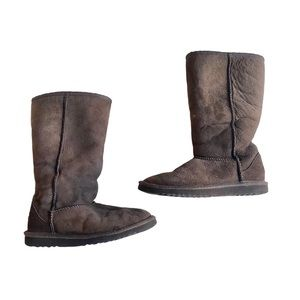 UGG Girls size 2 Chocolate Brown Boots